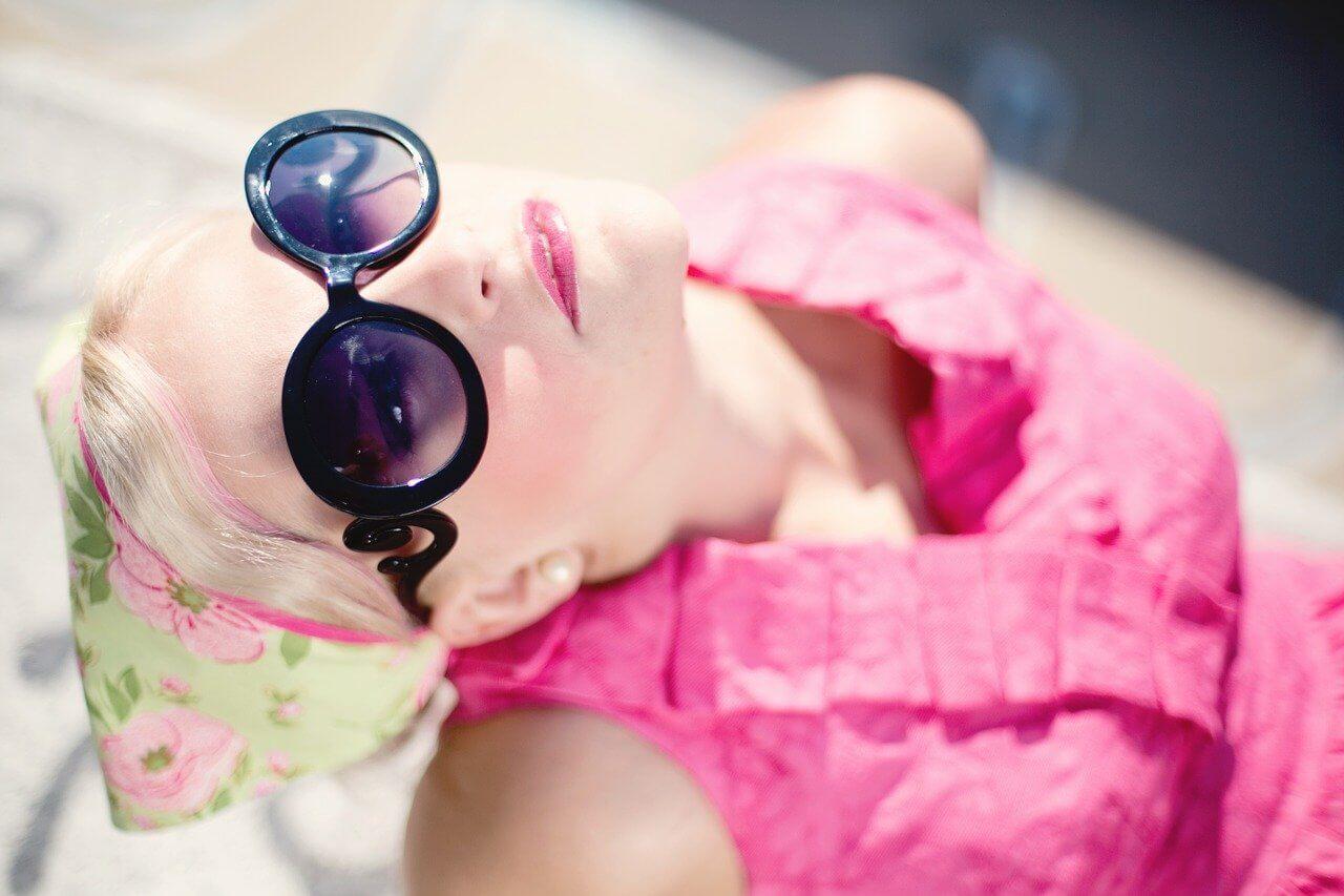Gafas de sol para mujer inspiración años 70